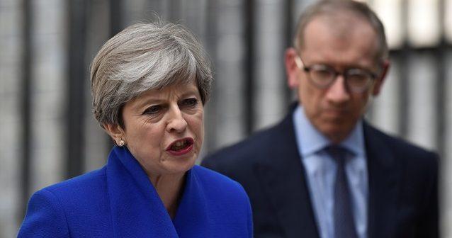 Thereza may e1497014202113 - Theresa May diz que vai formar novo governo apesar de revés do Partido Conservador