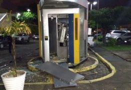 Bandidos explodem caixa eletrônico no Hospital de Trauma de João Pessoa