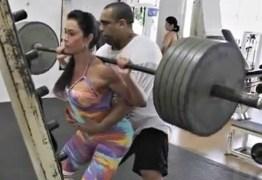 Fisiculturista afirma que Gracyanne Barbosa utiliza pesos falsos na musculação