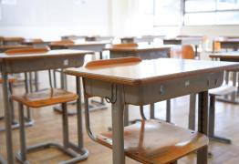 Homem se divorcia de professora que o 'violou' aos 13 anos