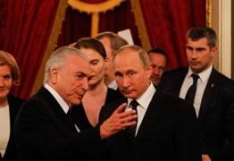 Temer e Putin se encontram pela primeira vez em apresentação de Balé
