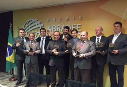ABRADEE: Energisa Paraíba e Energisa Borborema recebem troféu de reconhecimento nacional