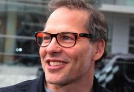 Ex-campeão de Fórmula 1 defende Vettel e diz que faria o mesmo