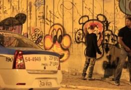 Bieber doa R$ 20 mil e encerra processo por pichação no Rio