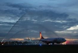 Paraíba recebe voo de Bueno Aires com batismo; RC exalta momento para turismo