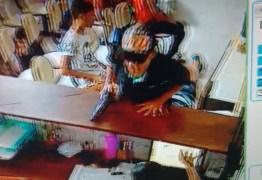 PÂNICO: Bandidos realizam assalto em clínica de odontologia em Mangabeira