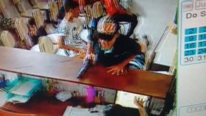 20428385 1401059273313452 395766053 n 300x169 - PÂNICO: Bandidos realizam assalto em clínica de odontologia em Mangabeira