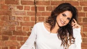 Aline Barros 300x170 - Cantora cristã diz que mulher linda é aquela que cuida do corpo e da alma