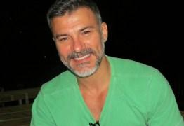 Ator Leonardo Vieira conta: 'Sofro mais do que sinto prazer sendo gay'