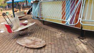 PANE BRINQUEDOS PARQUE DE DIVERSÕES 1 300x169 - Pane em brinquedo de parque de diversões deixa feridos