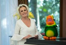 Ana Maria Braga começa o 'Mais Você' sozinha: 'O Louro dormiu'