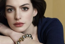 Filme de Barbie poderá ter Anne Hathaway como protagonista