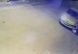 Bandidos atropelam mulher grávida para assaltá-la