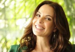RENOVANDO ELENCO: Carolina Ferraz é demitida após 25 anos de contrato com a Globo