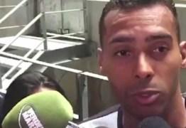 Jogador acusa zagueiro do Inter de racismo: 'Me chamou de macaco'