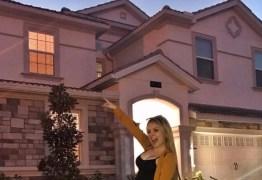 Larissa Manoela aluga mansão na Califórnia para fãs