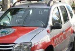 Homem é preso após esfaquear esposa no Sertão