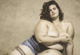 """""""Toda mulher pode ser o que quiser: sou gorda, sexy e bailarina da Anitta"""""""