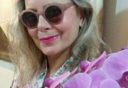 Vera Fischer aparece linda em foto após receber alta do hospital