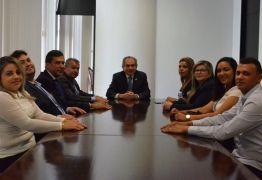 Raimundo Lira recebe prefeitos paraibanos em Brasília e discute encaminhamento de novos projetos