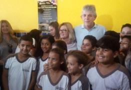 Governador Ricardo Coutinho entrega reformas de mais duas escolas em João Pessoa