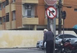 GOLPE DO VELHINHO: Idoso supostamente usado como isca por assaltantes é localizado e está sendo monitorado pela polícia
