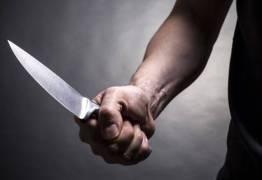 Homem é assassinado a facadas por amigo após desentendimento em Bayeux