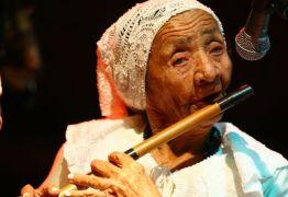 LUTO – Morre em Monteiro, aos 93 anos, pifeira Zabé da Loca