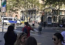 Carrinho de entrega atropela várias pessoas em Barcelona