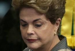 Dilma relembra impeachment: 'Um ano de golpe, de destruição de direitos'