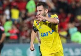 Principal contratação do Flamengo no ano, Everton Ribeiro encara reserva