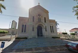 Jornalista é condenado a 20 anos  de prisão por matar mulher dentro de igreja