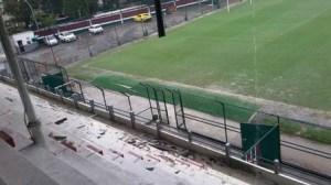 laranjeiras 4 300x168 - Ventania estraga telhado da sede do Fluminense