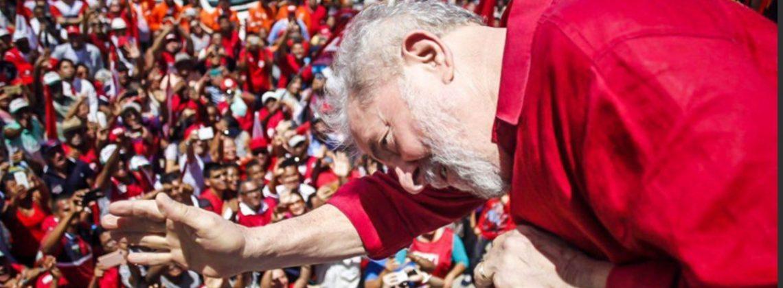 8 em cada 10 brasileiros dizem não seguir orientação de religiosos na hora do voto, aponta Datafolha