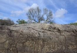 Apresentador internacional cita pedra de Ingá entre maiores mistérios do Brasil