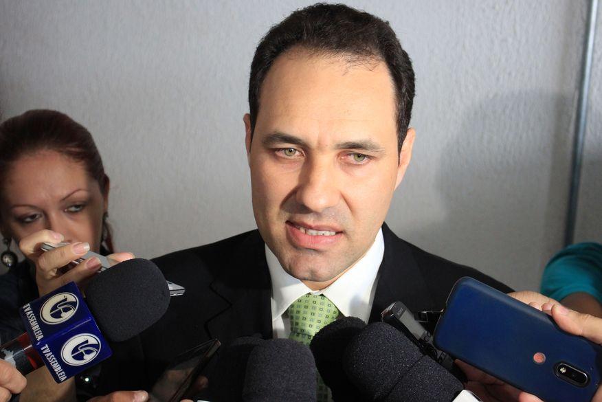 PESQUISA DATAFOLHA: Bolsonaro tem 59% das intenções de voto e Haddad 41%
