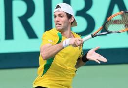 Brasileiro pode ser punido por gesto discriminatório em partida de tênis contra japonês