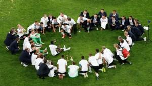 2017 07 02t204000z 1808673992 rc1818ae4a70 rtrmadp 3 soccer confederations chl ger LA7O4Wf 300x171 - Alemanha passa o Brasil e retoma a liderança no ranking mundial da Fifa