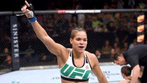 Amanda Nunes tbesportes 300x169 - OSCAR DO MMA: Amanda Nunes leva três prêmios antes de defesa de cinturão no UFC,