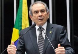 Após críticas de Anísio Maia, Ricardo Barbosa defende o senador Raimundo Lira em discurso na Assembleia
