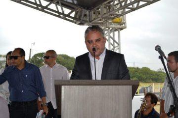 INAUGURAÇÃO: Prefeito de Alhandra entrega obra de pavimentação no conjunto Antônio Mariz, neste sábado