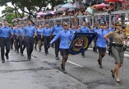 Desfile cívico reúne 7.500 pessoas das Forças Armadas, escolas, entidades de classe e órgãos da Segurança Pública