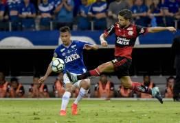 """Diego rebate críticas: """"Eu não jogo sozinho"""""""