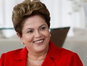 """dilma 3 300x229 - """"É preciso perdoar quem bateu panela"""", diz Dilma"""