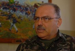 General nega possibilidade de intervenção militar
