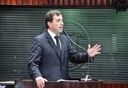 Gervásio afirma que críticas da oposição são apenas dor de cotovelo