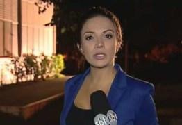 Repórter do SBT filma abordagem policial violenta e é presa por ser recusar a entregar celular