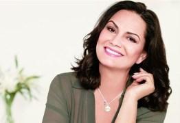 Luiza Brunet registra boletim de ocorrência após ataques na web