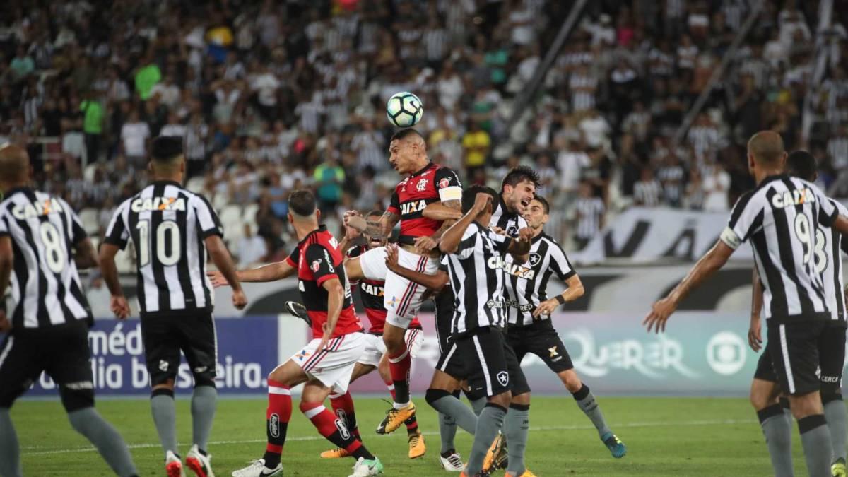 naom 59b5ed46e2ad8 - Com gols de Roger, Botafogo quebra jejum contra o Flamengo