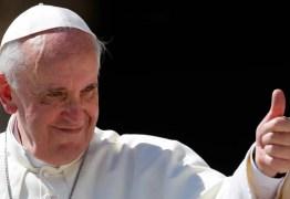 Vaticano bloqueia acesso a site que criticou o papa Francisco